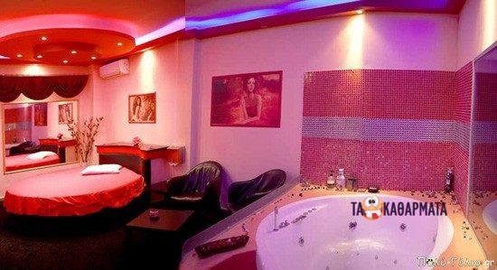 Σόκιν ανέκδοτο: Μπαίνει ένας γύφτος σε οίκο @νοχής…..